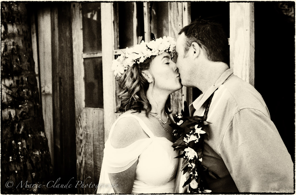 Maui Old School Wedding Look, North Shore Maui